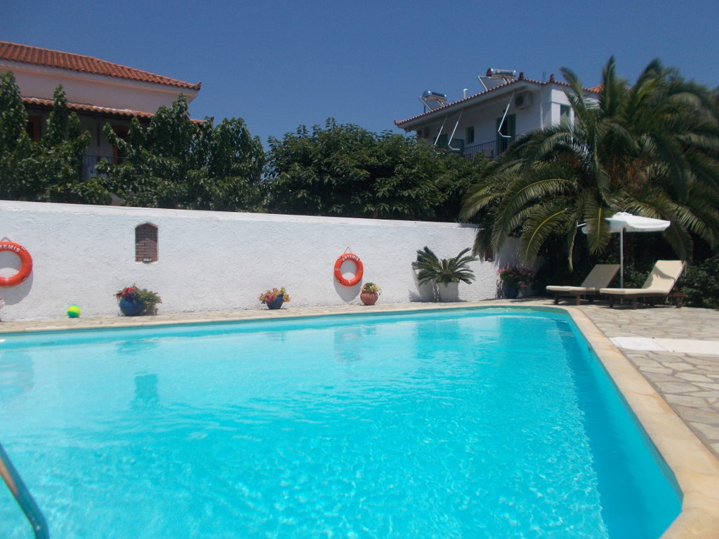 Artemis Pool - Αρτεμής, Πισίνα