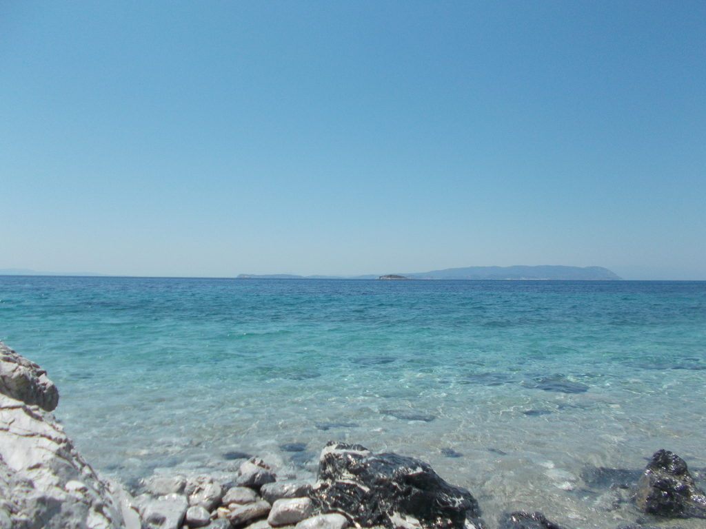 Hovolo Beach, looking towards Skiathos. - Χόβολο, Προς Σκιάθο