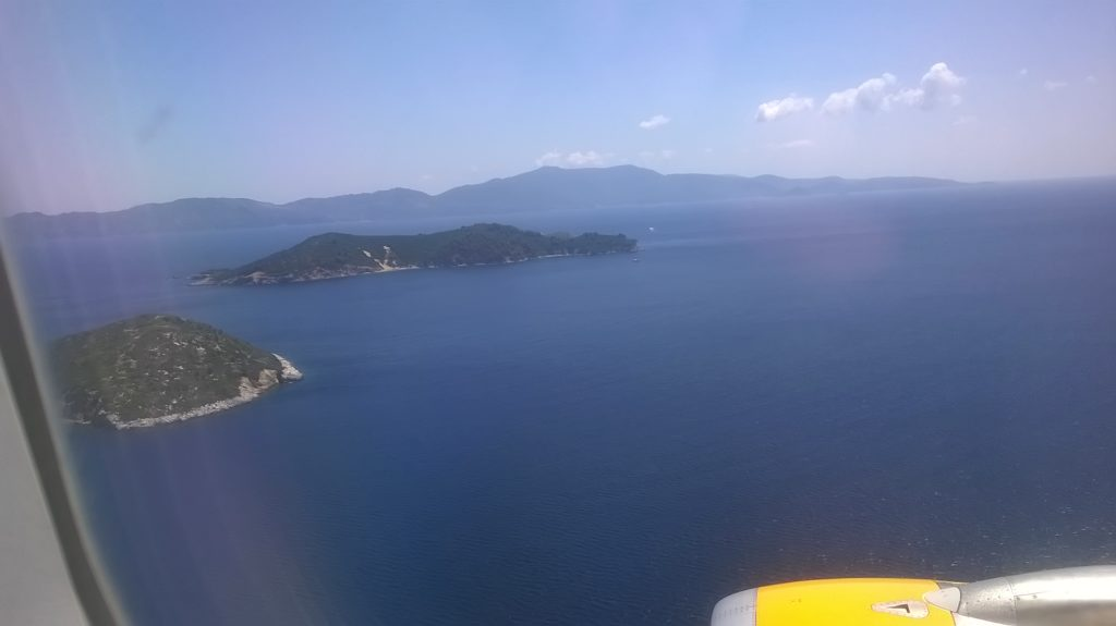 Final approach in to Skiathos